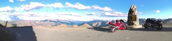 2800 mts, Col de la Bonnette, yep!! We did it!!!