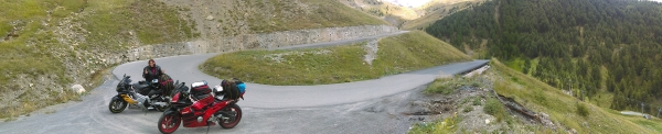 One of the many Hairpins on the way to the col de la Bonnete