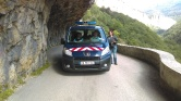 Had to stop the gendarmerie for an epic picture. they were very nice actually!!