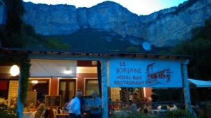 Le Jorjane, Thumbs up!! Very well presented, friendly staff, good food and not so expensive!!