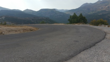 and another hairpin, no guard rail at all