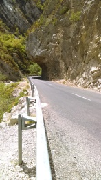 Look at that rock arching over the road!!!